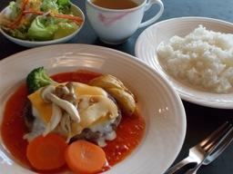 イタリアンハンバーグと松茸のソテー