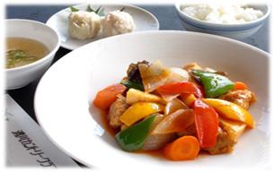 彩り野菜たっぷり酢豚